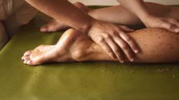 Dieses Bild zeigt eine Pulvermassage